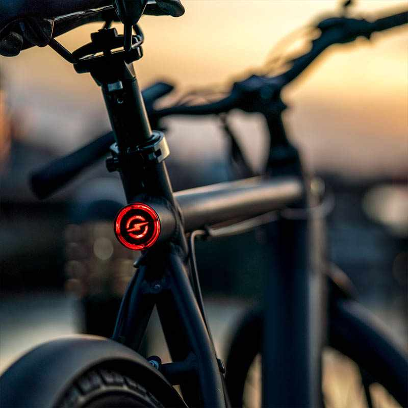 Stroem City M Ebike back light