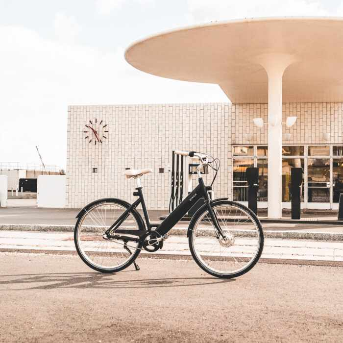 Fuel ArneJacobsen Petrolstation City W Stroem Ebike