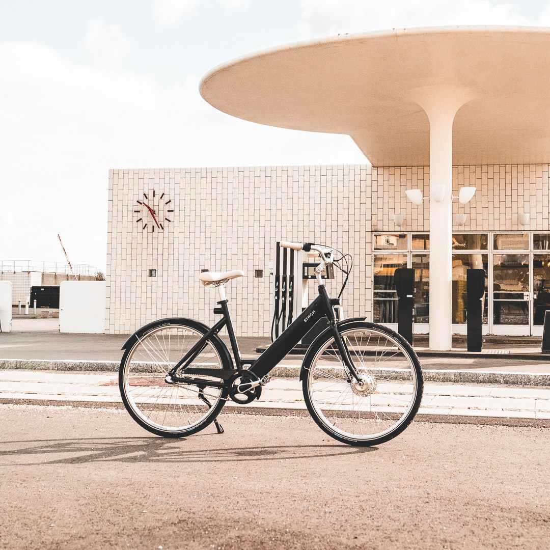 stroem bikes arne jacobsen gas station