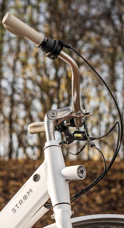Detail Stroem City Ebike white